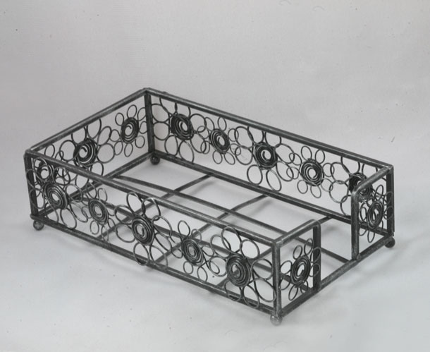 Aged Pewter Daisy Guest Towel Holder